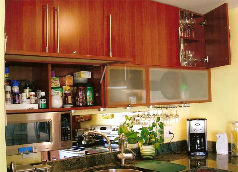 Eagle america corporation products for Aran world kitchen cabinets